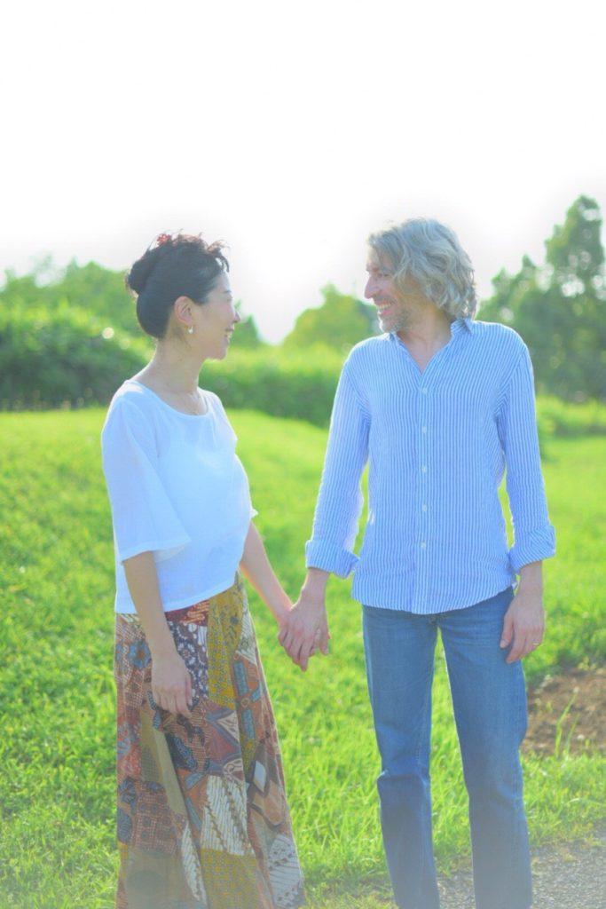 国際結婚した夫との写真